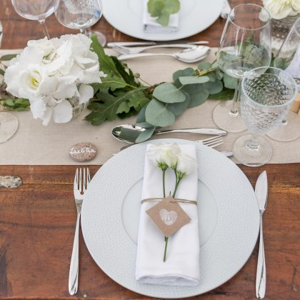Détail table mariage greenery