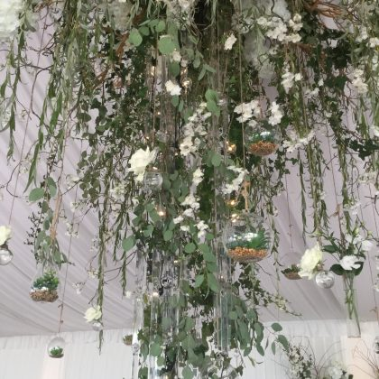 Lustre floral mariage greenery